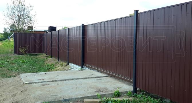 металлический забор фото